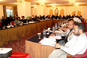 Photo of participants in Yemeni workshop