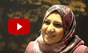 Cover of the video. Click on it to listen to Asmaa's story.